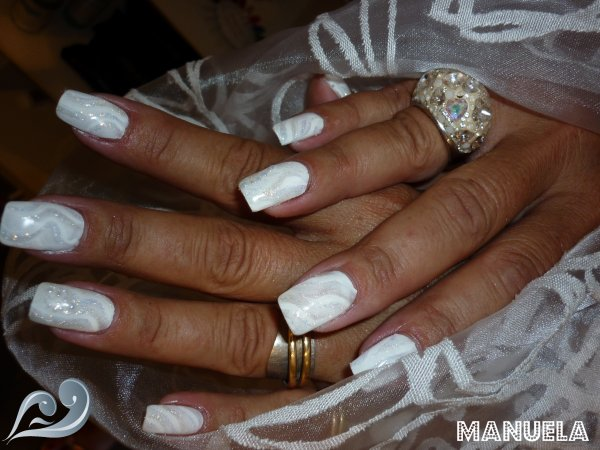 Blog de espacechichoune page 3 natacha nails for Peinture a paillette blanche